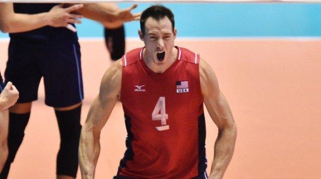 ثبت نام کاپیتان سابق والیبال آمریکا برای تور والیبال ساحلی بابلسر