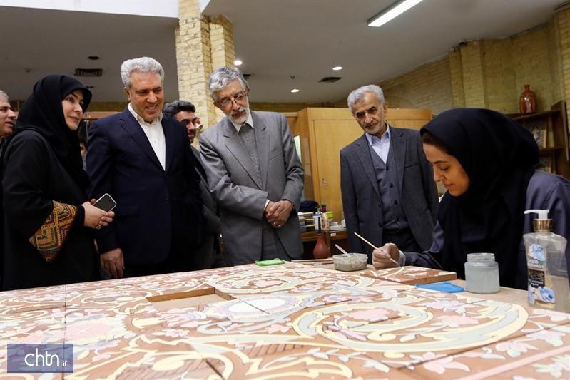 بازدید رئیس فرهنگستان زبان و ادبیات فارسی از پژوهشکده هنرهای سنتی کشور